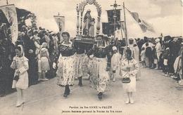 FINISTERE - 29 - Plonévez-Porzay - Sainte Anne La Palue - Pardon - Jeunes Femmes Portant La Statue - Plonevez-du-Faou