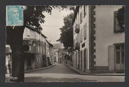 DF / 81 TARN / LACAUNE-LES-BAINS / LA RUE DE LA RÉPUBLIQUE ET L'HÔTEL FUSIÈS - France