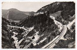 MOREZ--1957--Les Quatre Viaducs (train) ,cpsm 14 X 9 N° 25  éd A.Berthet - Morez