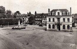 DPT 27 BEUZEVILLE Hotel De Ville Et Monument Aux Morts - Altri Comuni