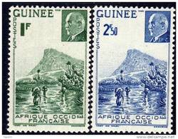 Guinée Française  N°  176 / 77 X Gué à Kitim Et Effigie Du Mal Pétain La Paire Trace De Charnière Sinon TB - Guinée Française (1892-1944)