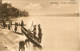 CONGO - BELGE    ---  Pirogues Sur Le Sankuru - Congo Belge - Autres