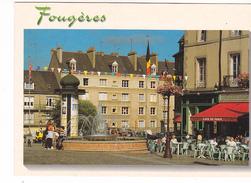 25985 FOUGERES (35) Edition Dubray Conches -1278/35 Place Centrale Et Fontaine -café De Paris