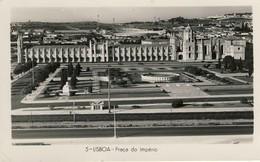 LISBOA - Praça Do Império - PORTUGAL - Lisboa