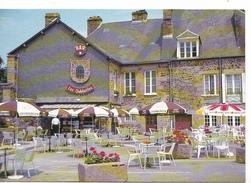25989 FOUGERES (35) Edition Artaud Gabier Cliché Dubray Conches -377/35 -place Pierre Symon --café Bar Les Oubliettes - Fougeres