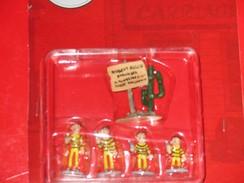 Série Lucky Luke . LES DALTONS - Figurines