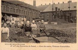Ste Ame Des Verreries De Jumet - Cour Du Centre, Trieuses D'escarbilles - UNIQUE - Charleroi