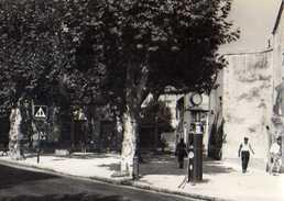 13  MARSEILLE La Valentine 11° Place Saccoman,photo Caujolle, Pompe A Essence, Fontaine - Marseilles