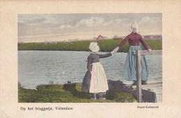 Volendam, Op Het Bruggetje (pk33501) - Volendam