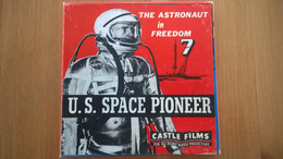 """Castle Films 8mm And 16mm """"The Astronaut In Freedom 7 """" U.S. Space Pioneer - Autres Collections"""