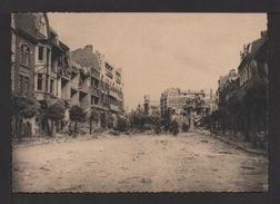 CPSM Gf. Dép.62. LENS DÉVASTÉE (18 Juin - 11 Aout 1944) . Rue De La Porte D'Arras . Petite Animation . - Lens