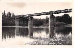 24 - GARDONNE : Le Pont *** Carte Photo (ou) Photo (?) Studio A. Tardière *** Format CPA  - Dordogne - Altri Comuni