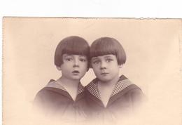 25997 Carte Photo Enfant Frere - Faux Jumeaux - Marin - Belgique - Vers 1920 -photographe Galuzzi Timmermans Bruxelles- - Portraits
