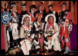 POSTKARTE INDIANER HÄUPTLINGE BEIM KRIEGSRAT Medicine Man Quack Indian Indians Indien Ansichtskarte Cpa AK Postcard - Indianer