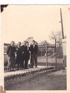 26018 Deux 2 Photos à HEZE  Belgique -famille