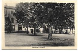 83 - Ecole Primaire Supérieure De Jeunes Filles De BRIGNOLES - La Cour De Récréation - Brignoles