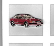 Pin´s  Automobile  AUDI  100  Bordeaux - Audi