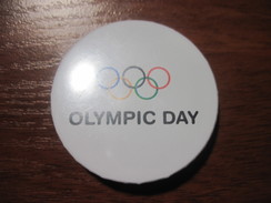 Ukraine National Olympic Committee Of Ukraine Olympic Day Pin - Olympic Games