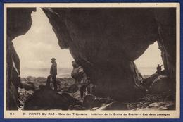 29 CLEDEN-CAP-SIZUN La Baie Des Trépassés, Intérieur De La Grotte Du Gravier, Les Deux Passages - Animée - Cléden-Cap-Sizun