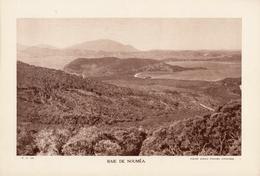 NOUVELLE CALEDONIE, BAIE DE NOUMEA, Planche Densité = 200g, Format 20 X 29 Cm, (Ag. Colonies Autonomes) - Géographie
