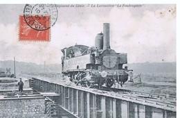 """CPA - 5° Régiment Du Génie - La Locomotive """"La Foudroyante"""" 1907 - France"""