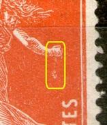 "N°138 IA**_petit ""ver"" Sous La Main_défaut Gomme Pli - 1906-38 Säerin, Untergrund Glatt"