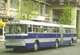 BUS * AUTOBUS * IKARUS 180 * BKV * DEAK FERENC SQUARE * BUDAPEST * Top Card 0922 * Hungary - Bus & Autocars