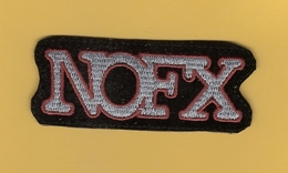 *  Patch En Tissu : NOEFX..Scan A : Voir Scans Recto Et Verso - Ecussons Tissu