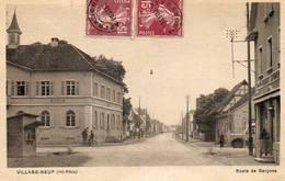 CPA - VILLAGE-NEUF (68) - Aspect De La Rue Principale Et De L'Ecole Des Garçons Dans Les Années 30 - Francia