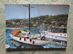Saint Mandrier. Yachts Dans Le Port - Saint-Mandrier-sur-Mer
