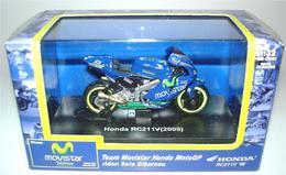 Honda RC211V 1/32 En Boite,en Excellent Etat ! - Motor Bikes