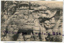 -  28 - Cambodge - Ruines D'Angkor Thom, Bas Relief De La Terrasse Des  Eléphants, Non écrite, Ancienne, TTBE, Scans. - Cambodge