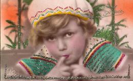 Enfant 250, Tête Paillettes - Portraits