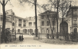 59 - CAMBRAI  -    Façade Du Collège Fénelon    209 - Cambrai
