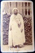 EMIR ABDEL KADER EN GRANDE TENUE COLONISATION ALGERIE DISDERI ¨PARIS  FORMAT CARTE DE VISITE CDV VERS 1890 - Beroepen