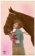 32 - Jeune Dame Et Cheval - Cavalli