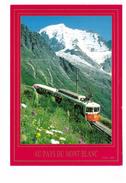 Train Chemin De Fer Le TMB Devant Les Alpages Train Mont Blanc - Trenes