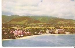 Waikiki, Hawaii Royal Hawaiian Hotel At The Left And Moana And Surfrider Hotels At The Right - Honolulu