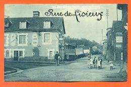 """CPA Pontchardon """" Rue De Lisieux """" Café Restaurant Au Lion D'or - LJCP 30 - Autres Communes"""