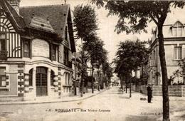 CPA Houlgate Rue Victor-Lecesne - Houlgate