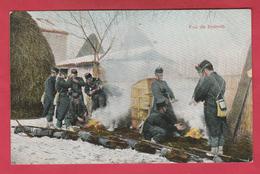Armée Belge - Soldats Faisant Du Feu Lors D'un Bivouac ( Voir Verso ) - Regiments