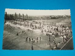93 ) Le Bourget - La Piscine Et Le Stade - 1950 - EDIT - Gallois - Le Bourget