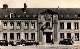GOURNAY-en-BRAY - La Mairie - Gournay-en-Bray