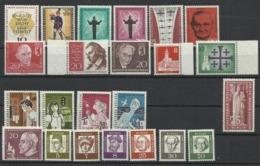 Allemagne BERLIN LOT DE 23 TIMBRES NEUFS SANS CHARNIERE DE 1957 A 1961 - [5] Berlin