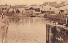 MARANS. - Le Port. Cliché Pas Courant - France