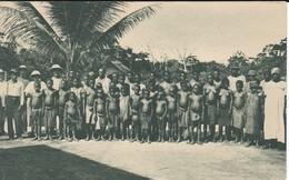 POSTAL DE GUINEA ESPAÑOLA DE PERSONAL DE UNA EXPLOTACION DE LA SOCOGUI (EXPO IBERO-AMERICANA SEVILLA 1929) - Guinea Ecuatorial
