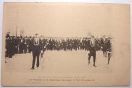 LE PRESIDENT DE LA REPUBLIQUE TRAVERSANT LE PONT ALEXANDRE III - EXPOSITION UNIVERSELLE DE 1900 - Esposizioni