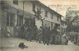 BELLEVILLE FAUBOURG DE VERDUN UN CONCERT EN PLEIN AIR DONNE PAR NOS POILUS - Guerre 1914-18