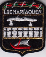 Thematiques Ecussons Blasons Armoiries Pays France Region 56 Morbihan Locmariaquer - Escudos En Tela