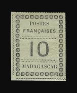 MADAGASCAR N° 9 10c Noir Sur Vert-bleu. Infime Charnière. Signé Scheller. Cote Yvert 170 €. TTB - Madagascar (1889-1960)